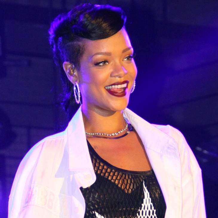 Rihanna steht Chris Brown vor Gericht bei