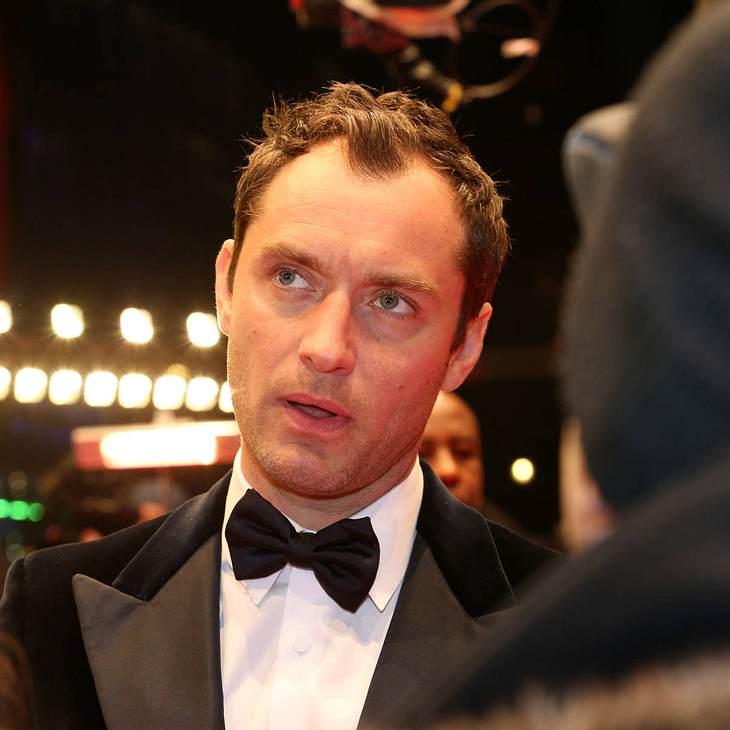 Jude Law verklagt Kamin-Firma