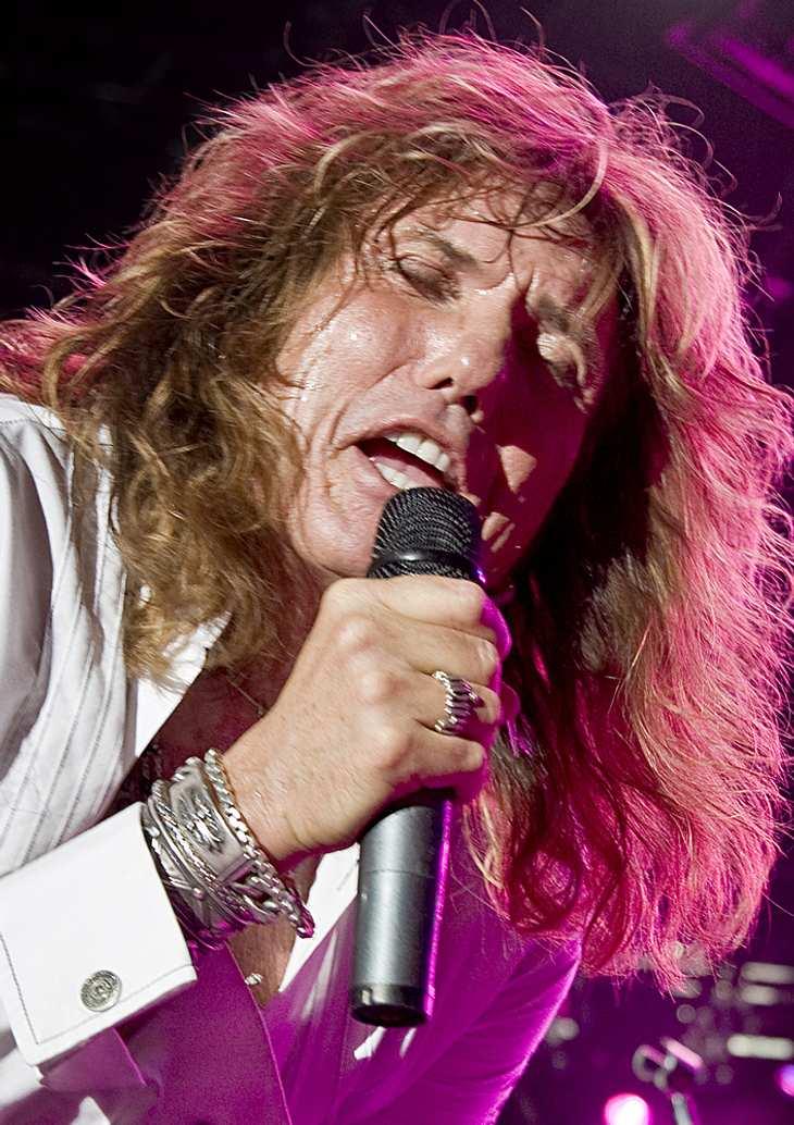 Coverdale streicht Whitesnake-Shows wegen Halsproblemen