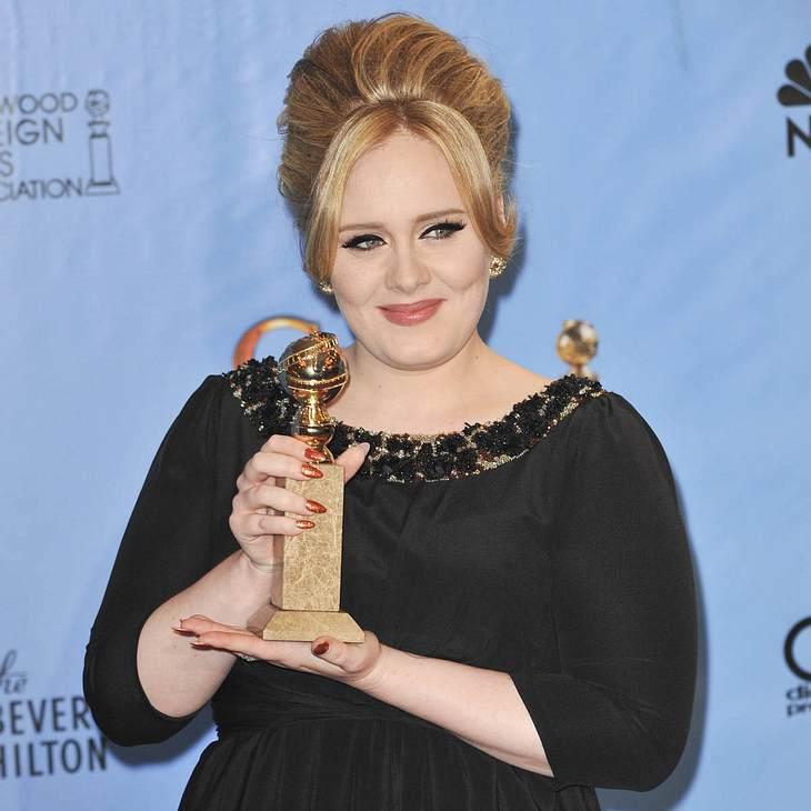 Adele: Verrät eine Kette den Babynamen?