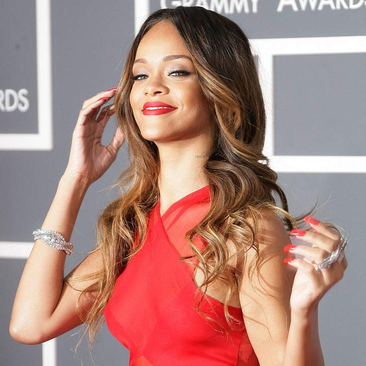 Rihanna: Mit Chris Brown verlobt?