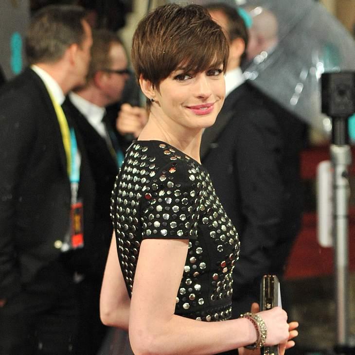 Anne Hathaway in London ausgebuht!