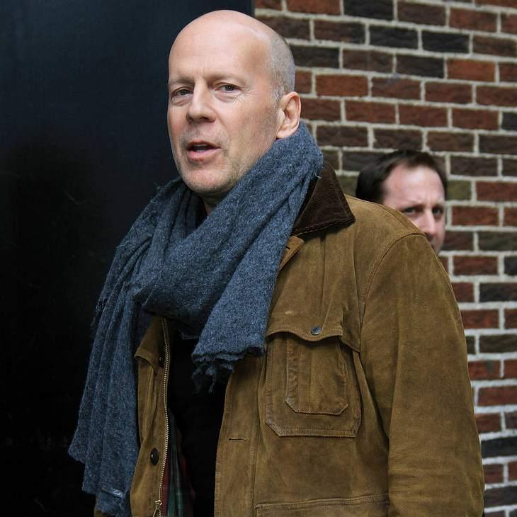 Bruce Willis trinkt wieder!