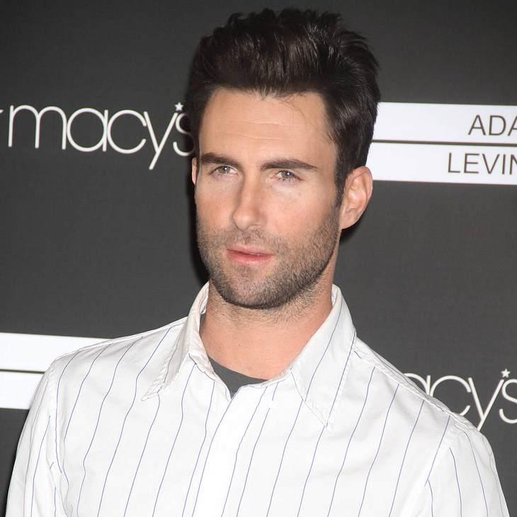 Adam Levine präsentiert Modekollektion