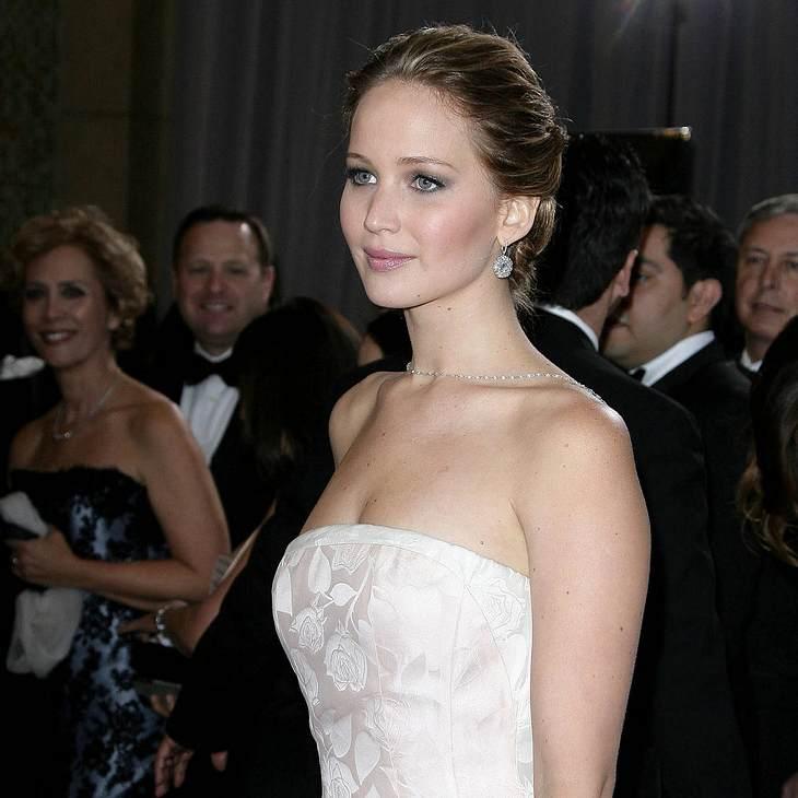 Jennifer Lawrence lacht über Oscar-Unfall