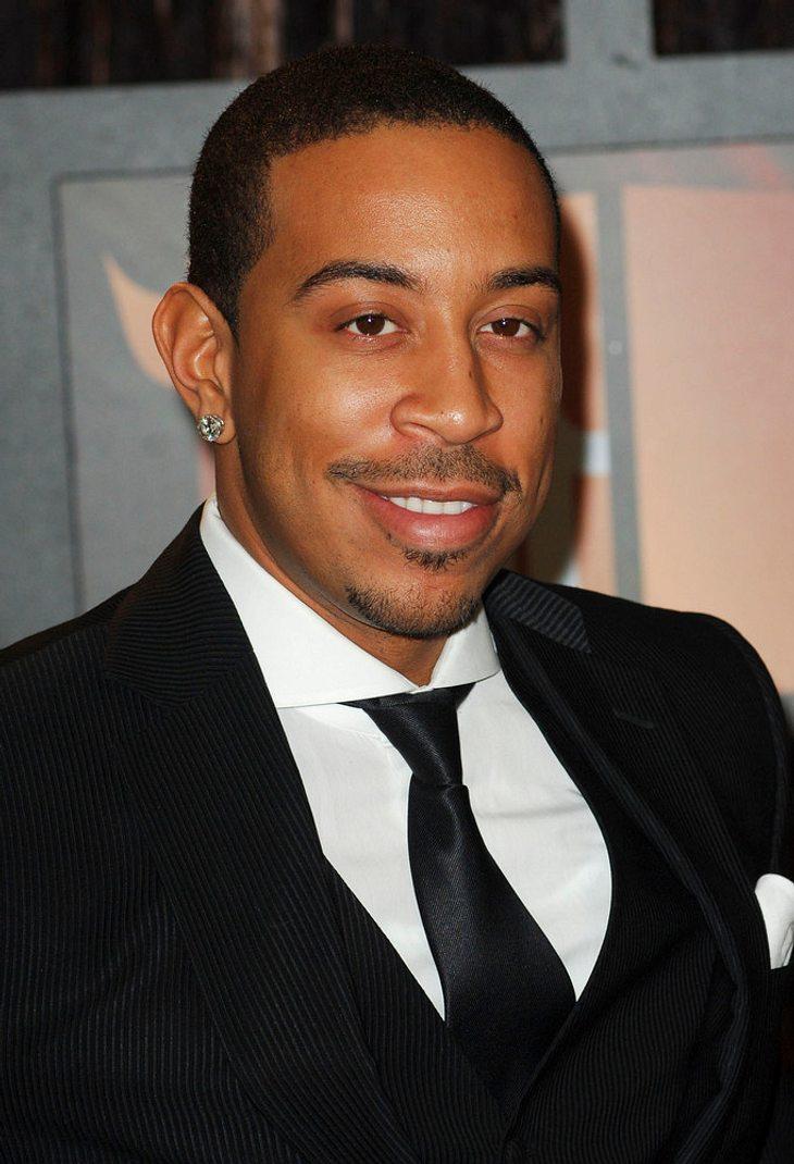 Ludacris steckt im Fahrstuhl fest