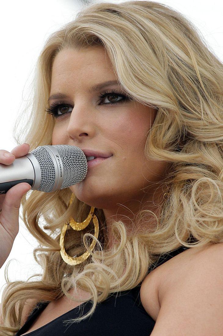 """Simpson weist """"American Idol""""-Berichte zurück"""