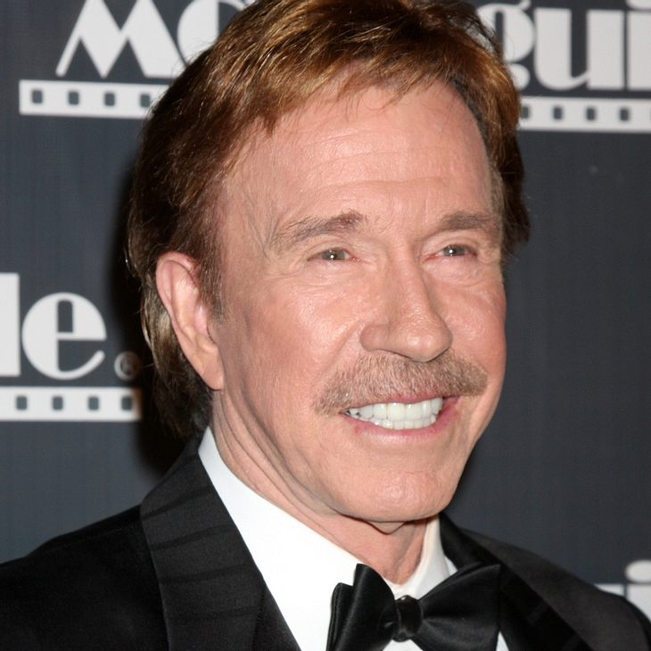 "Chuck Norris zensiert ""The Expendables 2"""