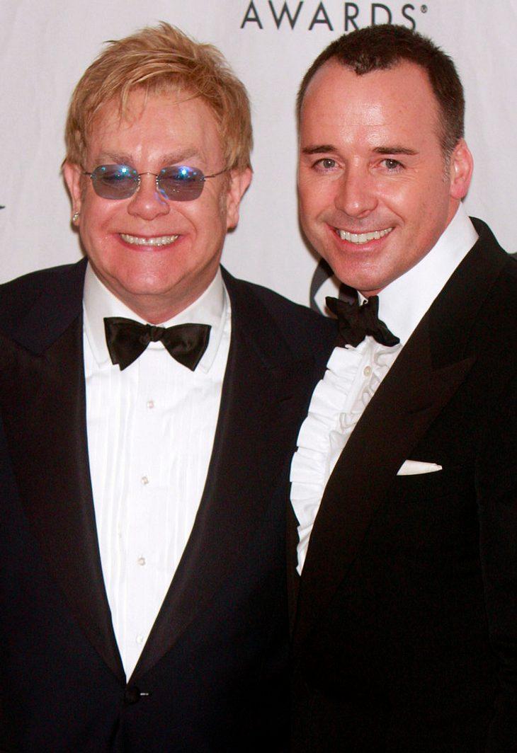 Elton John will adoptieren