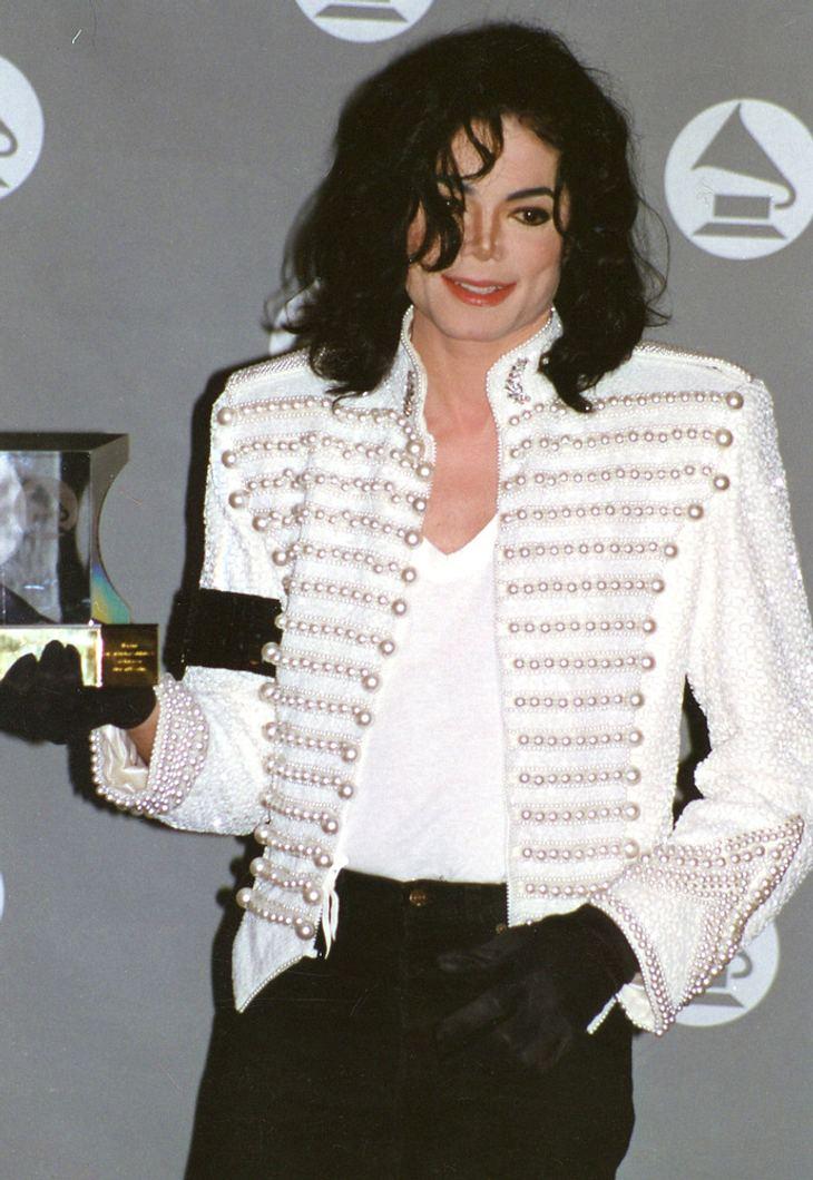 Ist das Michael jacksons Stimme auf dem Album?
