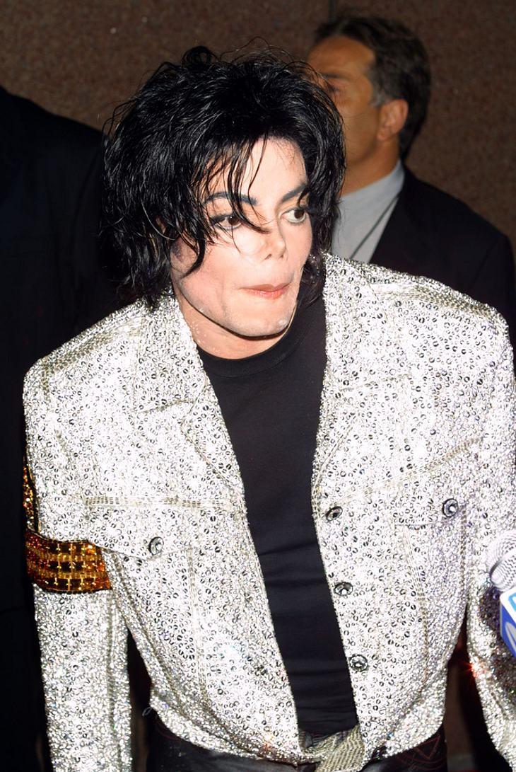 Michael Jackson wird an seinem Geburtstag beerdigt