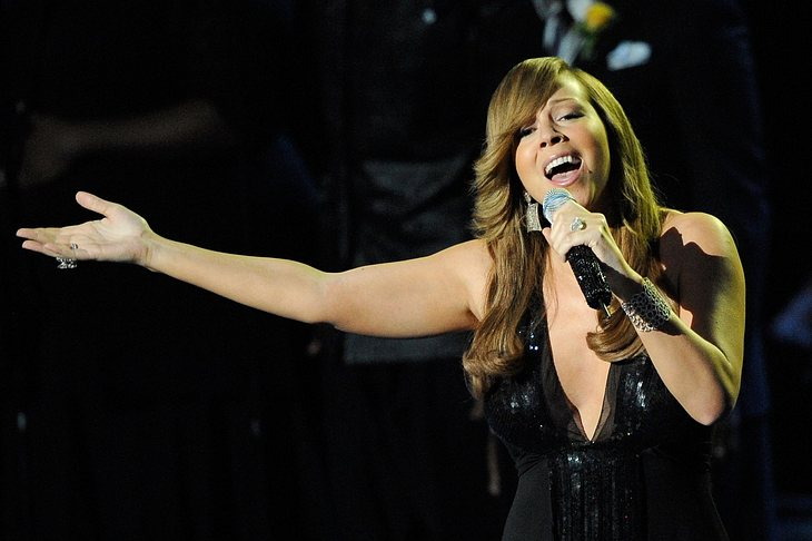 Carey entschuldigt sich für emotionale Jackson-Tributperformance
