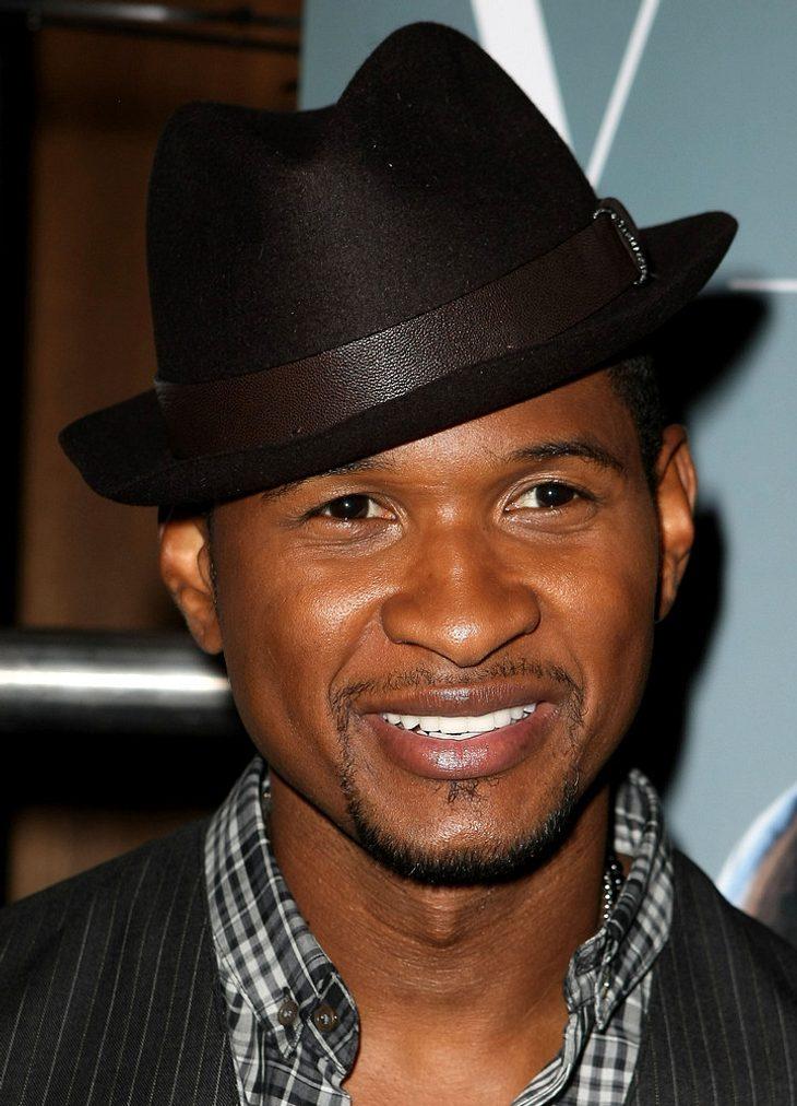 Usher bricht sich den Finger