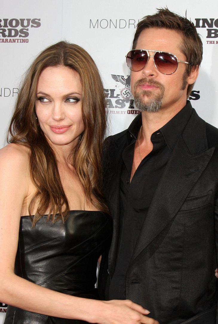 Pitt und Jolie designen Schmuck für guten Zweck