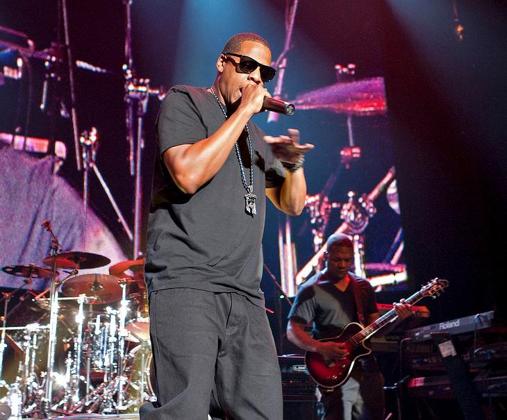 Jay-Z beneidet Martins Yoga-Können