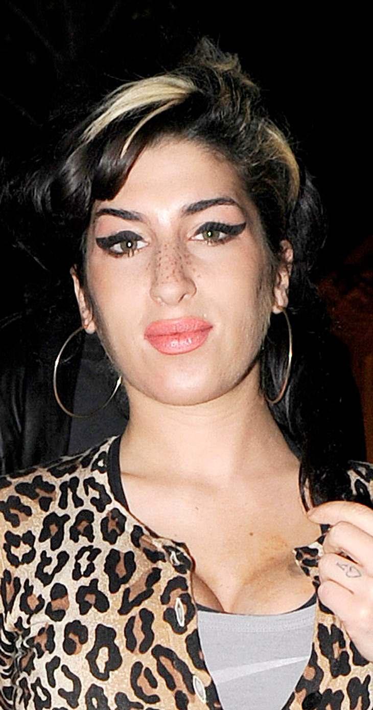 Amy Winehouse im Krankenhaus