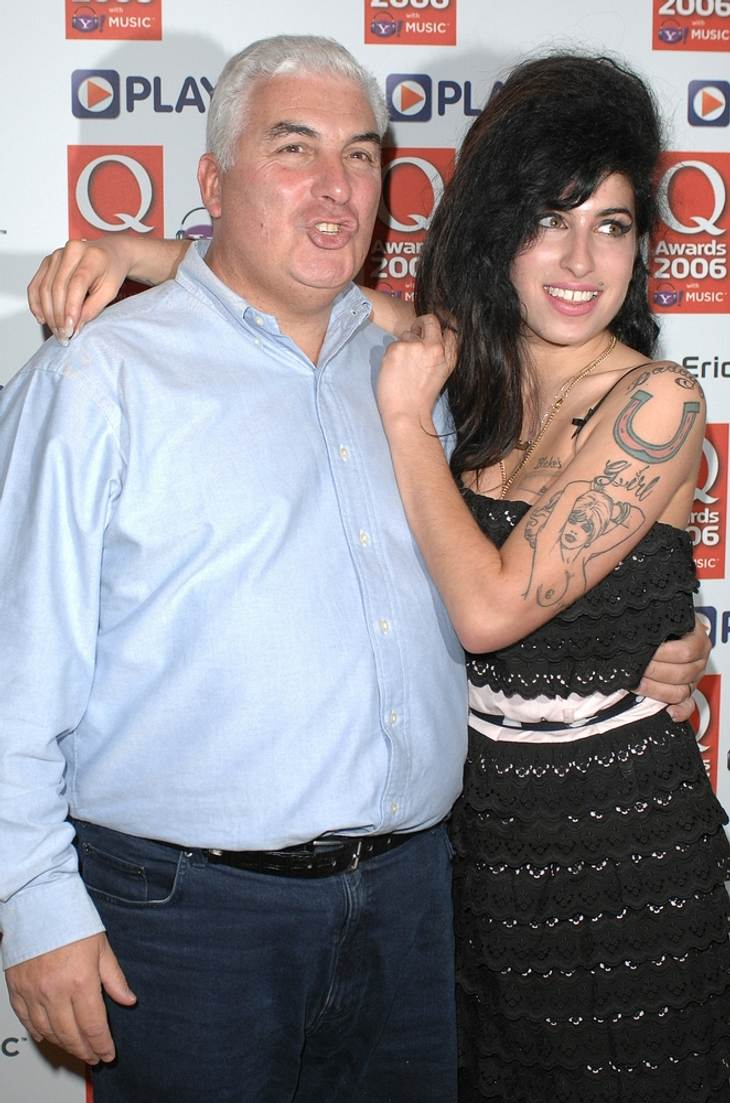 Amy Winehouses Vater im Krankenhaus