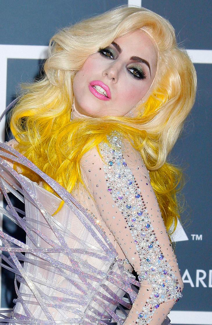 Lady Gaga würdigt Elton John bei Charity-Gala