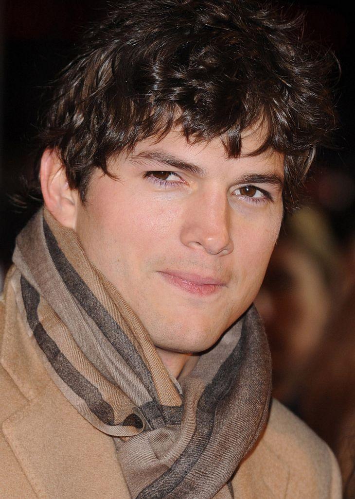 Ashton Kutcher in Autounfall verwickelt