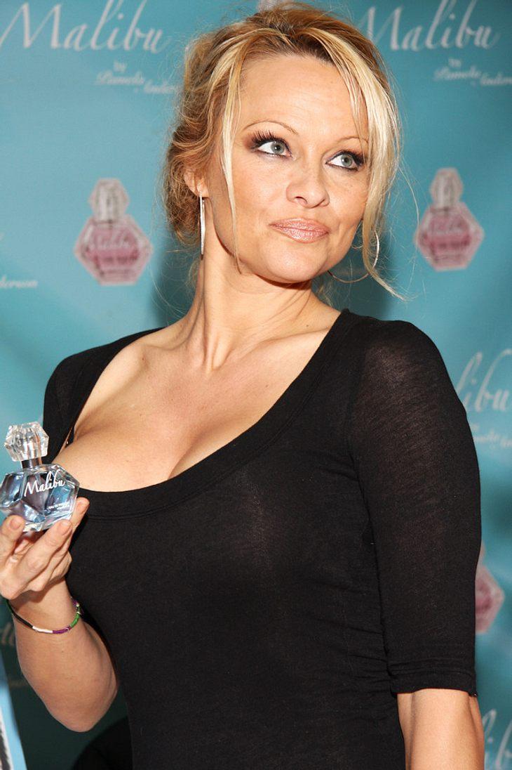 Macht Pamela Anderson die Heide Simonis?