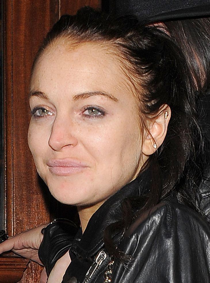Lindsay Lohan dementiert Gerüchte über Ed Hardy-Handtasche
