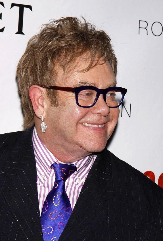 Elton Johns Mama versteigert Andenken