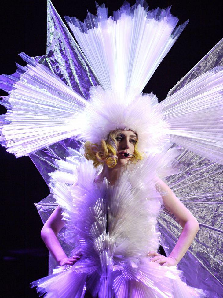 "Lady Gaga posiert knapp bekleidet für ""Rolling Stone"""