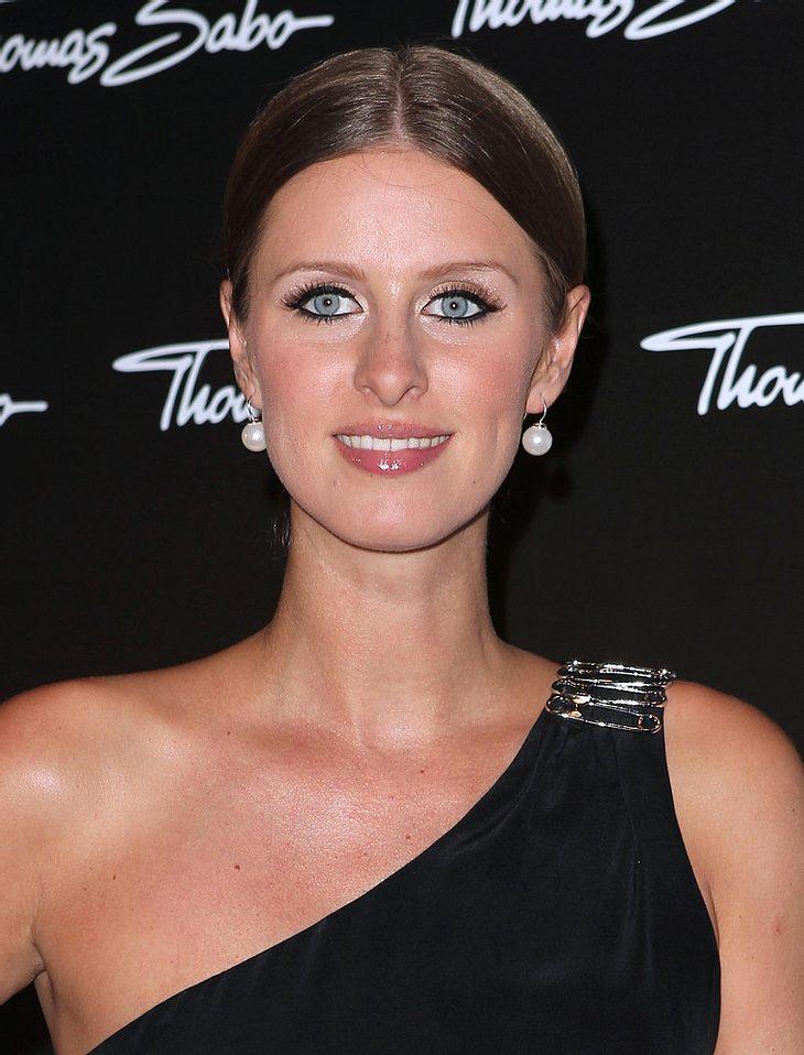 Nicky Hilton dementiert Verlobungsgerüchte