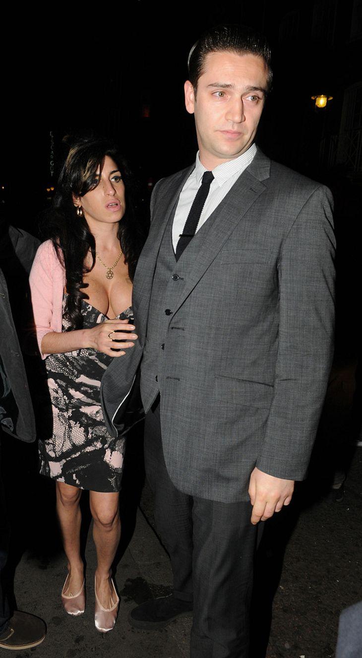 Amy Winehouse und Reg Traviss: Ihre Eltern mögen ihren neuen Freund