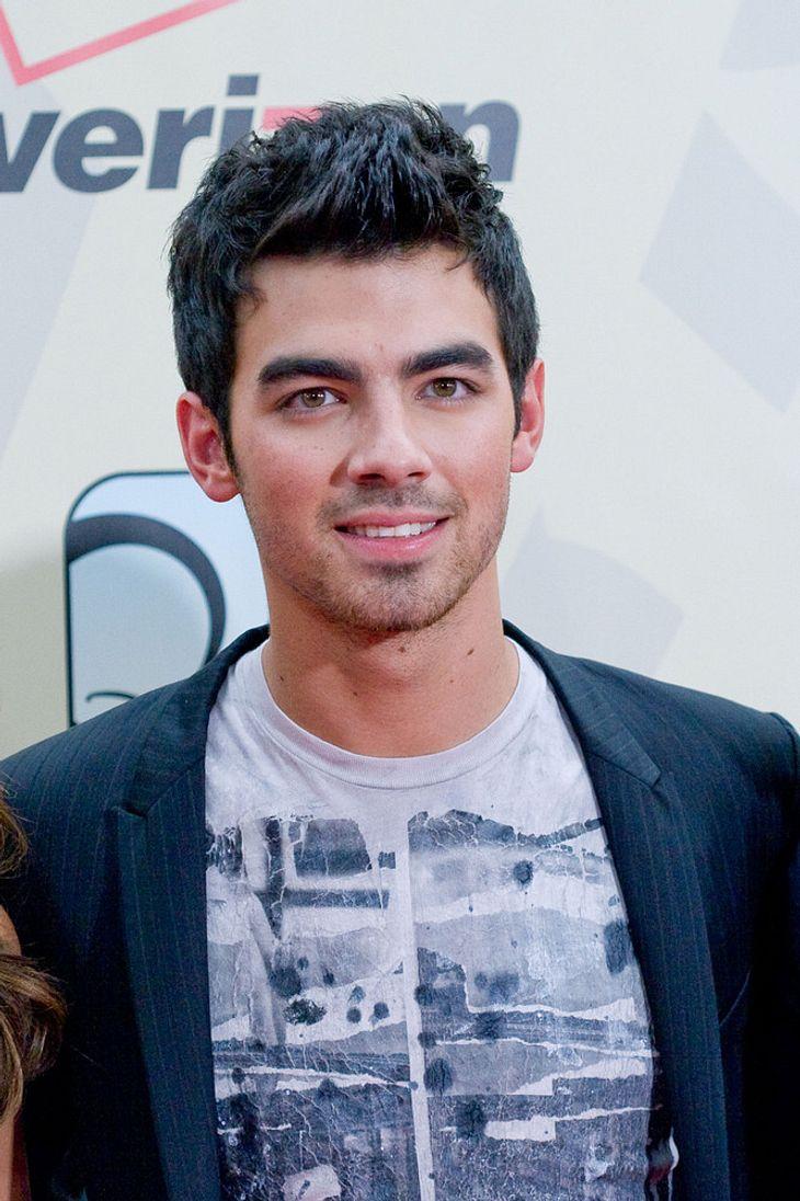 Joe Jonas arbeitet mit Tom Hanks an TV-Sendung
