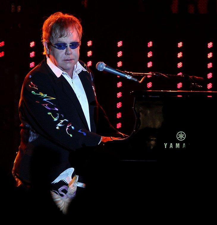"""Elton John: """"Ich schreibe nicht über die königliche Hochzeit"""""""