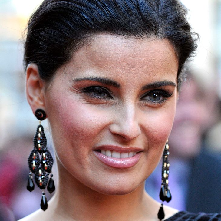 Nelly Furtado lobt Obama