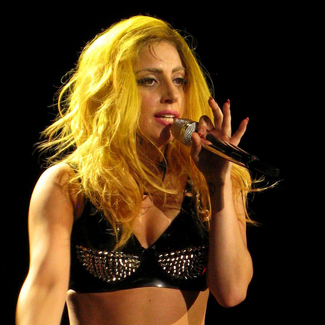 Lady Gaga twittert Foto von ihrem nackten Hintern