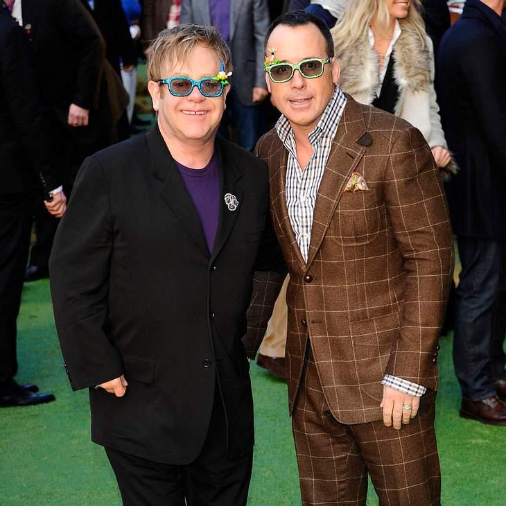 Elton John angeblich erneut Vater!
