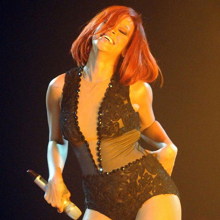 Rihanna strippt für Nivea
