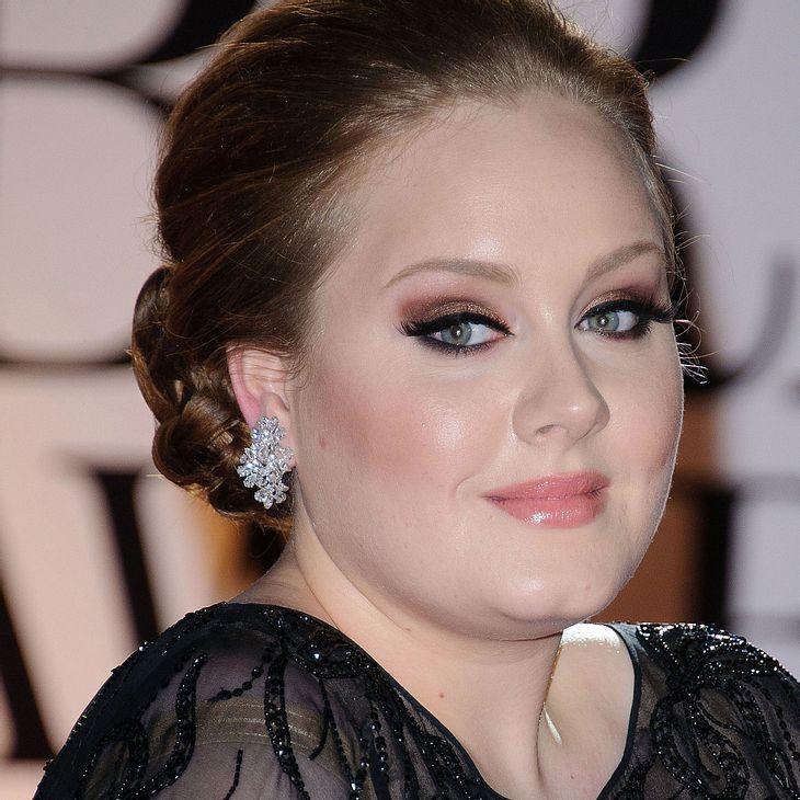Adele: Gesangsverbot!