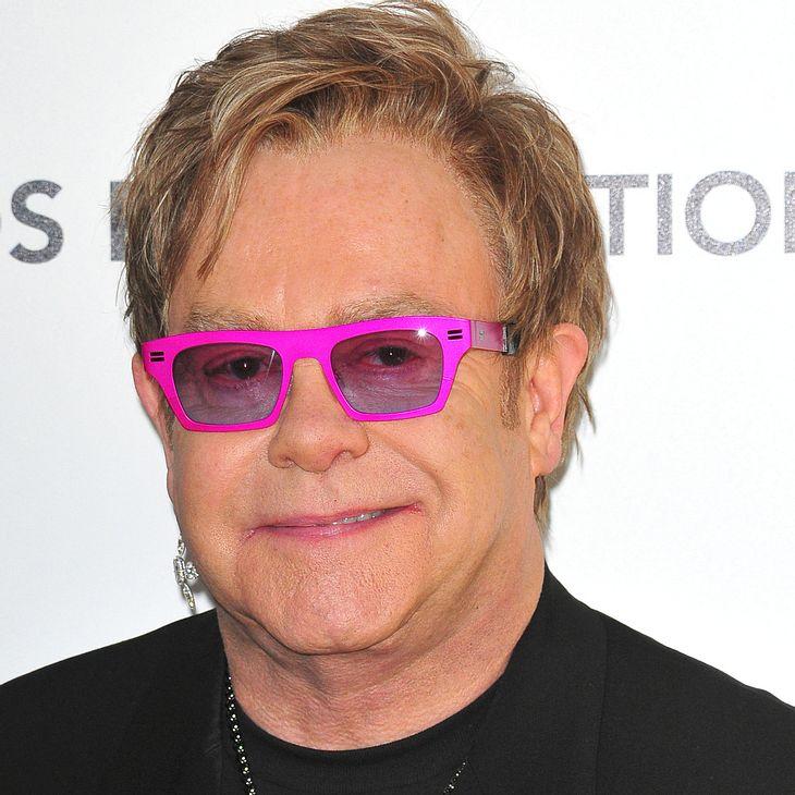 Elton John weckt Astronauten