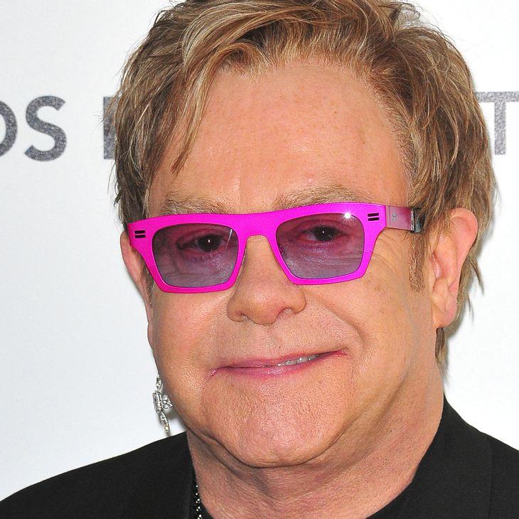 Elton John: Trotz Krankheit auf die Bühne