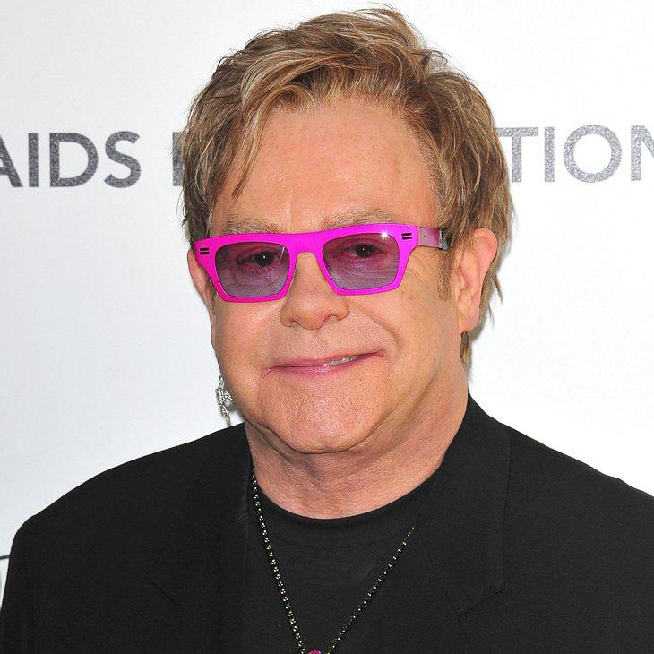 Elton John: Lebensmittelvergiftung
