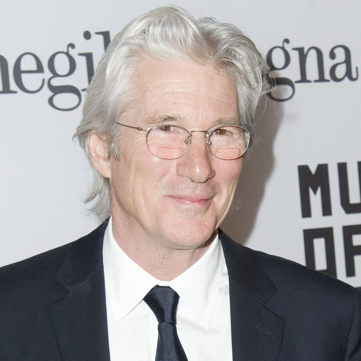 Richard Gere-Gitarren bringen fast 1 Million Dollar