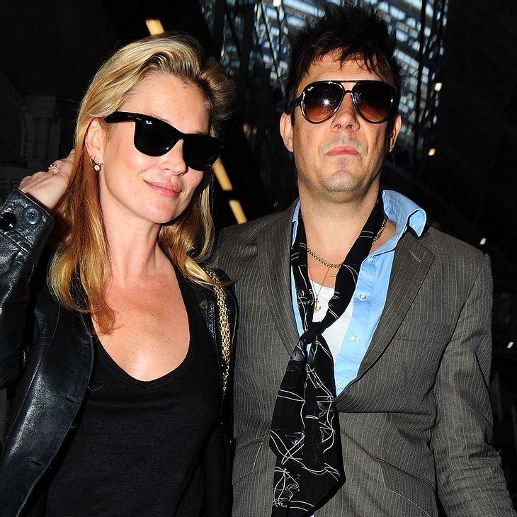 Kate Moss und Jamie Hince heiraten oppulent