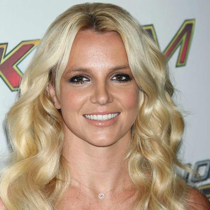 Britney Spears läutet Hochzeits-Countdown ein