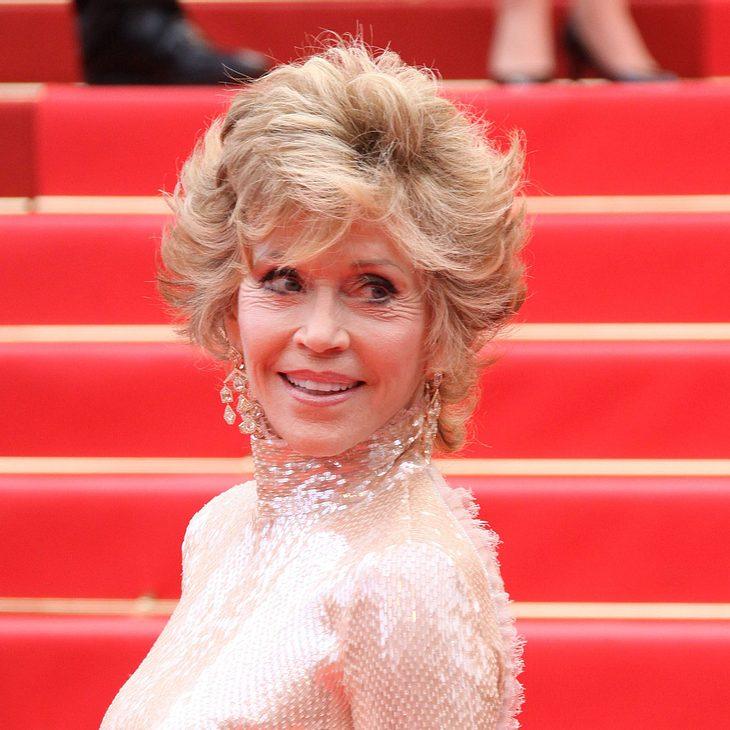 Jane Fonda badet in Asche ihres Hundes