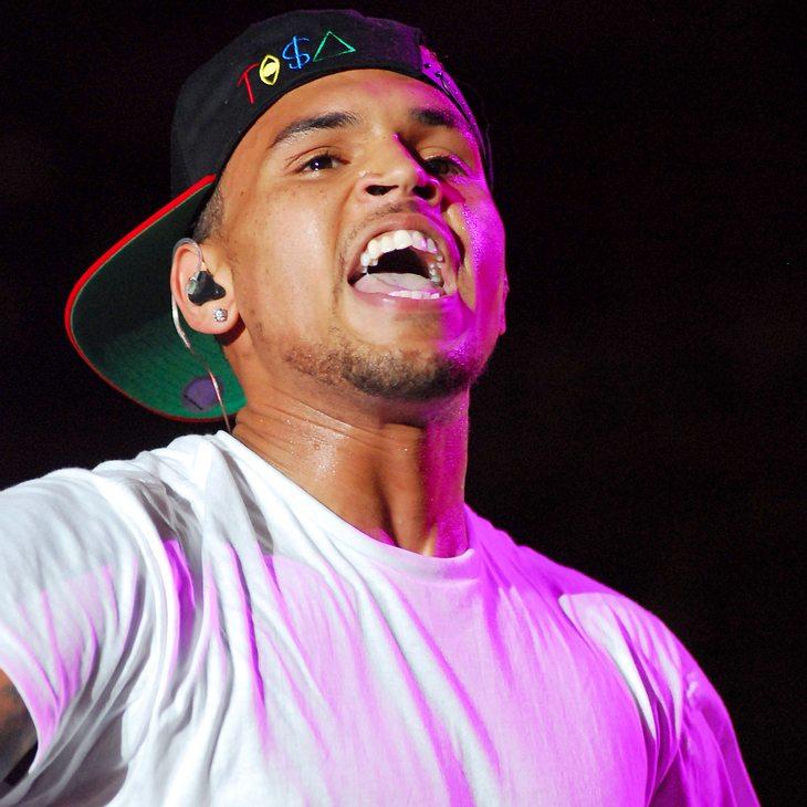 Chris Brown macht Fans glücklich
