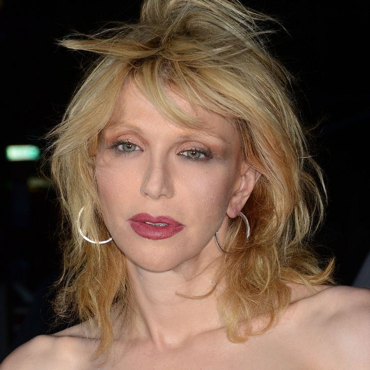 Courtney Love tritt bei Fashion Week in New York auf
