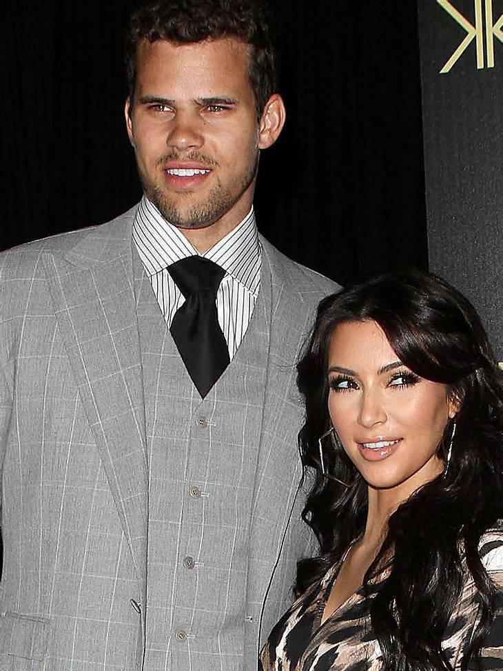 Stars und ihre DoppelgängerWow, beim Zähnezeigen sieht Kris Humphries (27), der Ex von It-Girl Kim Kardashian (31), aus wie Taylor!