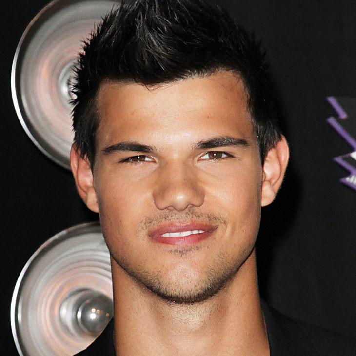 Taylor Lautner wird gern mit Kim Kardashians Ehemann verglichen