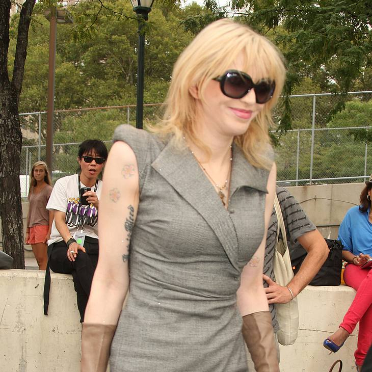 Courtney Love schreibt ihre Memoiren