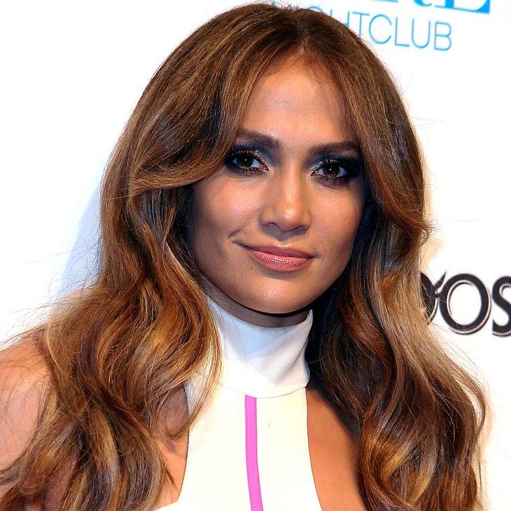 Jennifer Lopez ist Woman of the Year