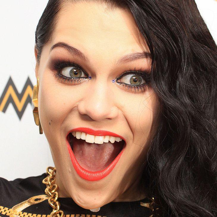 Jessie J: Überraschungsshow am Flughafen